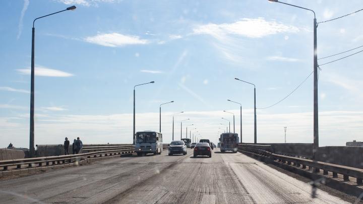 Готовимся к пробкам: в Ярославле перекроют полосу при въезде на Октябрьский мост