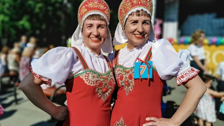 Вдвое больше красоты: в Перми прошел фестиваль близнецов