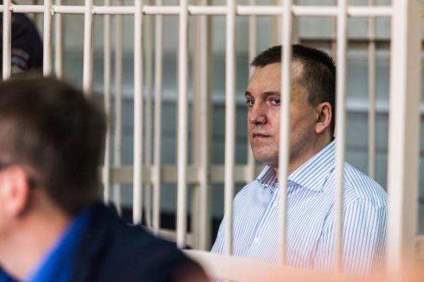 Суд назначил подсудимому 24 года колонии, также ему предстоит выплатить штраф в размере 1 миллиона рублей