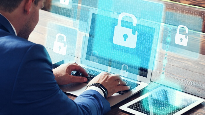 Простые пароли и миллионные потери: разбираем правила безопасности в интернете