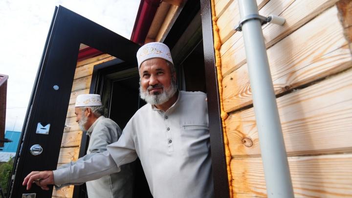 Фоторепортаж: в деревне с вековой историей отметили Курбан-байрам