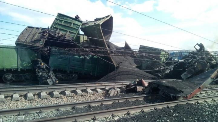 Авария на железной дороге: РЖД восстановили движение поездов