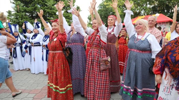 «Алтын-Майдан» в Крыму: на берегу Черного моря прозвучали старинные песни Севера