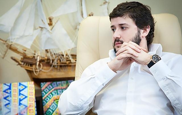 «Громко возмущался»: известного челябинского бизнесмена остановили в аэропорту, не пустив в Израиль