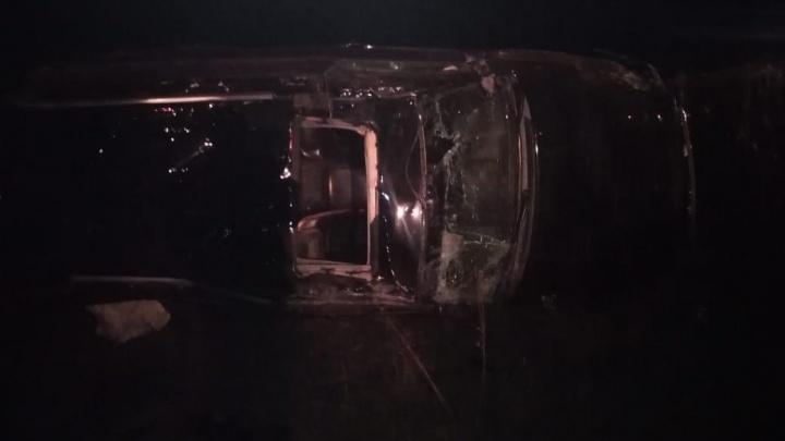В Самарской области водитель Land Cruiser погиб, вылетев с трассы
