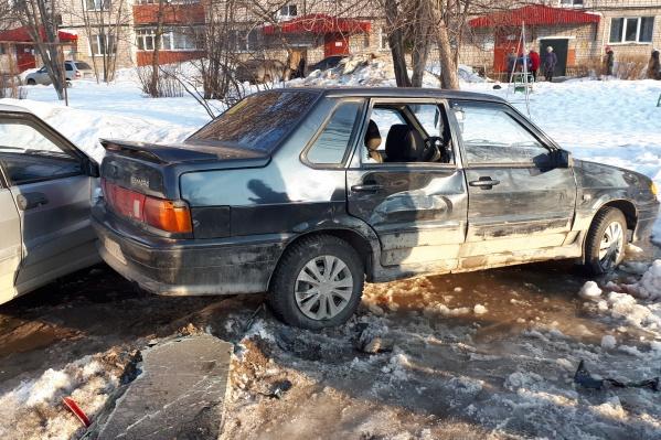 Машина, в которую врезался нарушитель