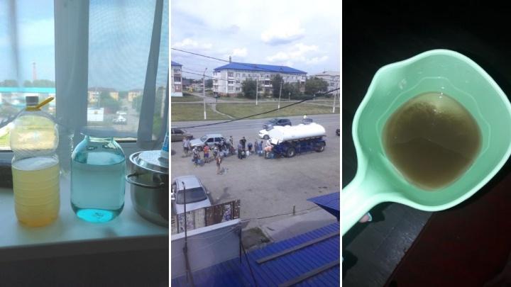 В Червишево, где живут 7000 человек, пять дней нет воды. Что произошло — не знают даже коммунальщики