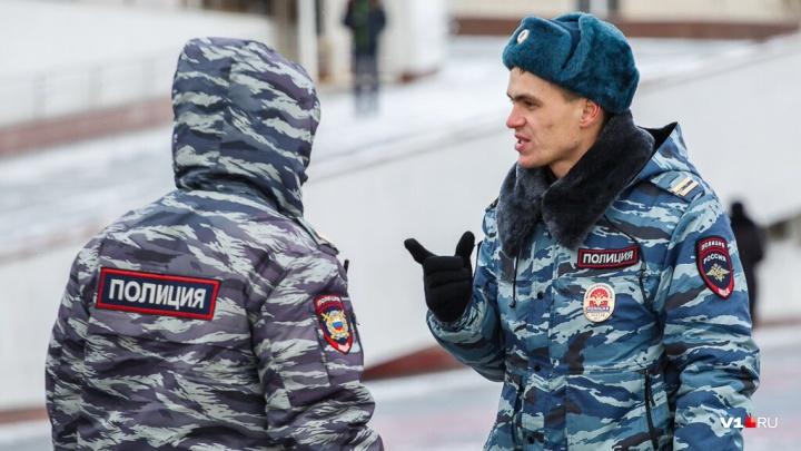 «Возьми на себя»: в Волгограде осудят полицейского, уговорившего грабителя «признаться» в краже