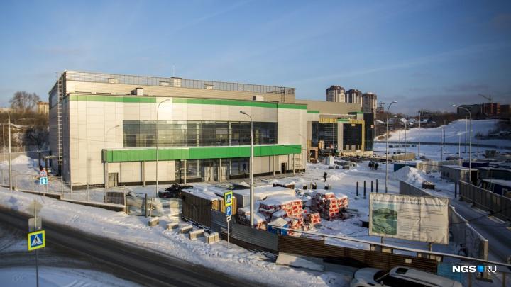 Рядом с будущим волейбольным центром в Новосибирске решили возвести гостиницу