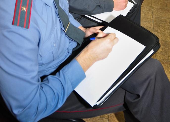 Красноярского полицейского обвинили вхищении неменее 800 тыс. руб.