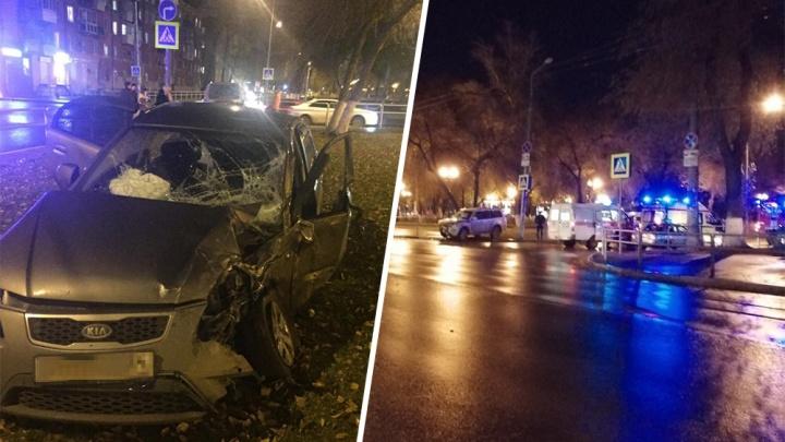 На дублёре Московского шоссе Mitsubishi выбил KIA Rio с дороги