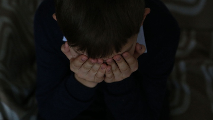 Переживал стресс после развода родителей: в Башкирии школьник набросился на одноклассника с ножом