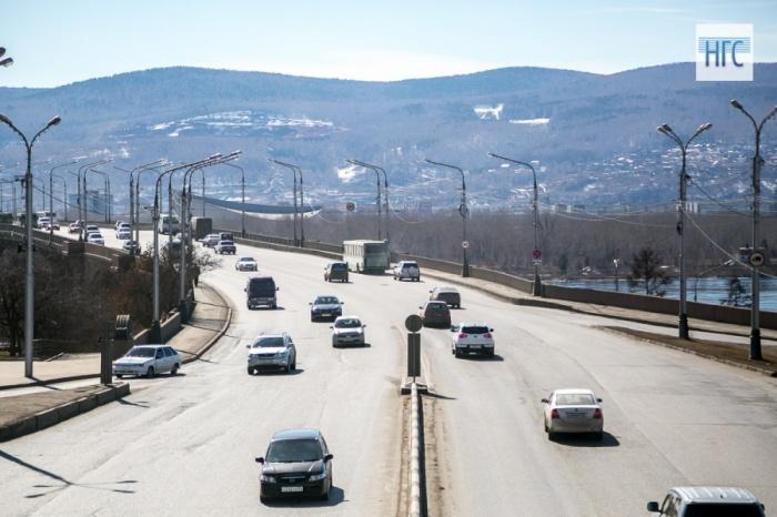 Стройкомпания «Сибиряк» получила договор наремонт Коммунального моста за386 млн руб.