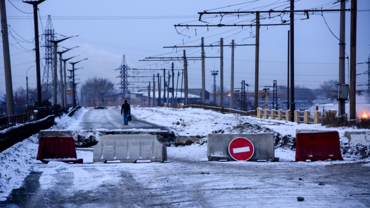 Между «Мечелом» и колонией: ищем пути объезда закрытого на ЧМЗ моста