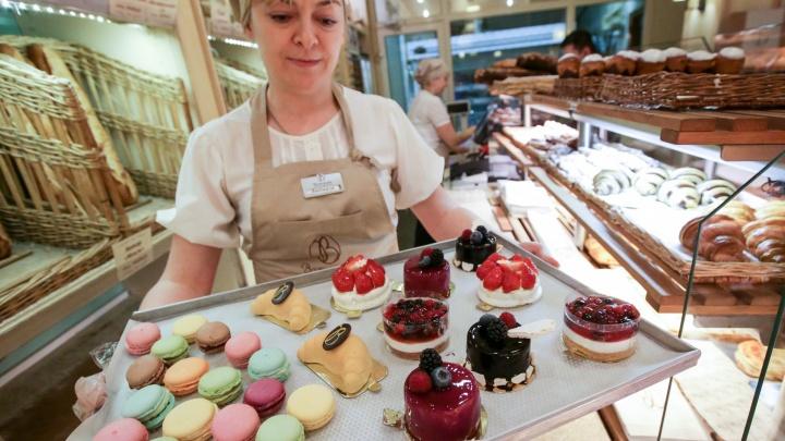 Учёные против мифов: правда ли мозг «тормозит» без сладкого и можно ли есть хлеб тем, кто худеет