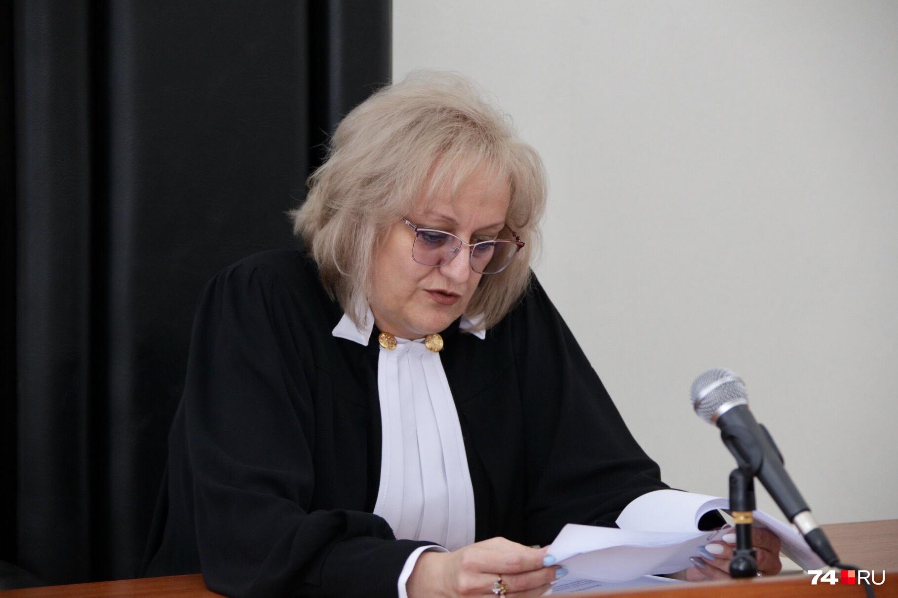 Судье предоставили справку о заболеваниях Зарипова, подписанную, по сути, его подчинённой