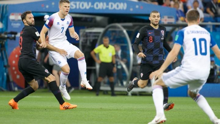 Троим спортсменам из Хорватии стало плохо во время поездки по Ростову