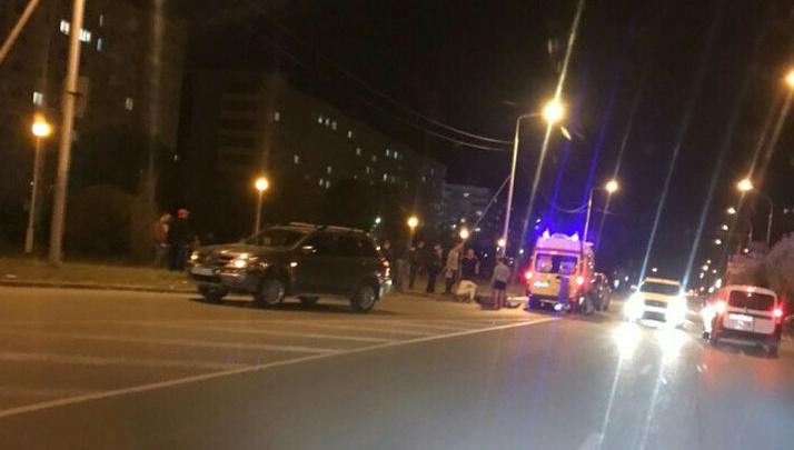 На Крупской лишенный прав водитель сбил пешехода
