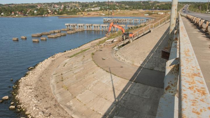 Суд перевёл регионального директора компании, строящей мост через Чусовую, на прожиточный минимум