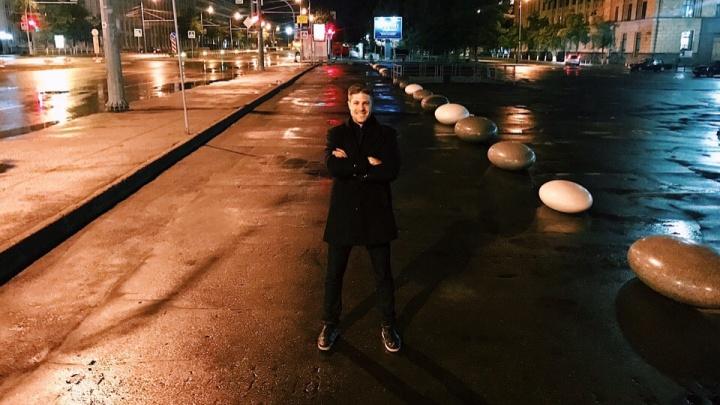 «Добивались этого 20 лет»: бульвар на главном проспекте Челябинска огородили камнями