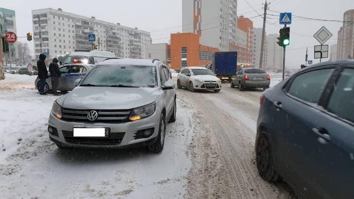 Второклассник попал в больницу после наезда внедорожника в Уфе