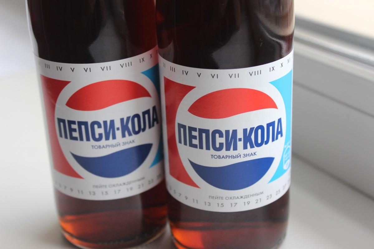 Ретро-бутылки «Пепси-колы» отличаются от оригинала разве что более качественной печатью этикетки. Фото Стаса Соколова