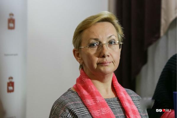 Светлана Денисова выступает за школьную форму