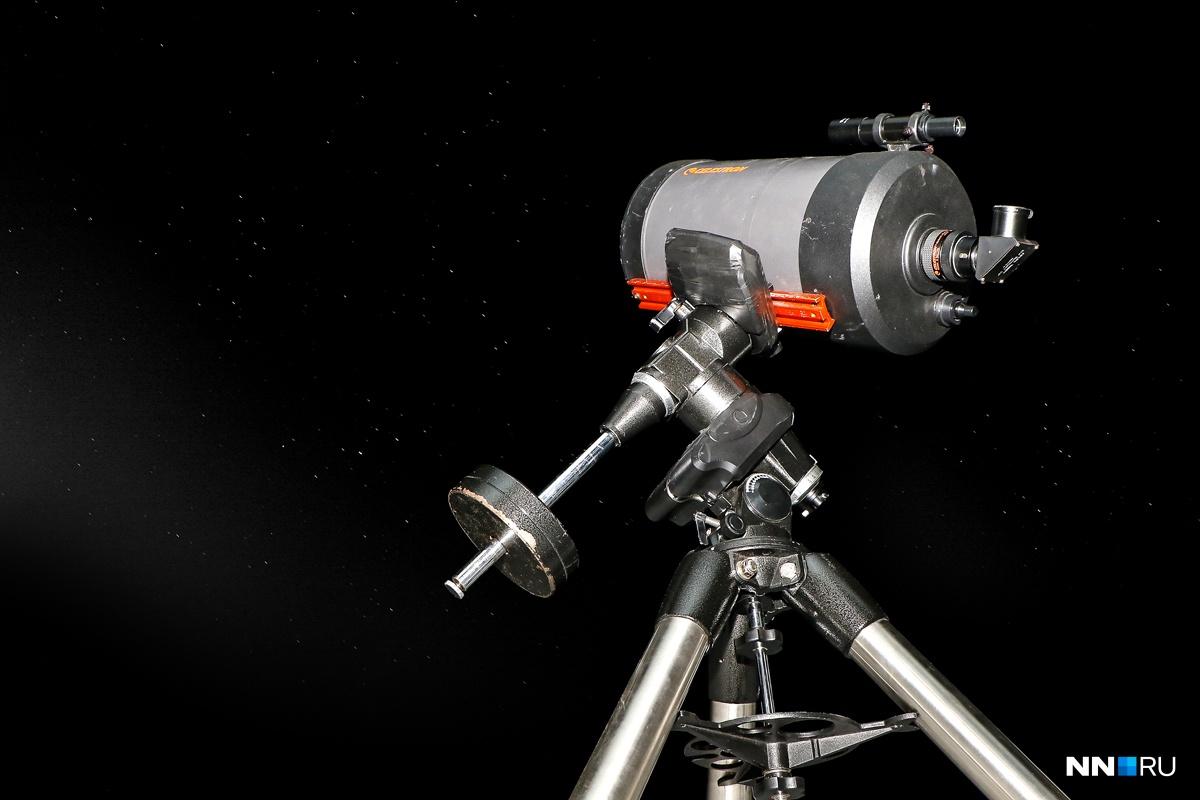 Для наблюдения даже телескоп не нужен