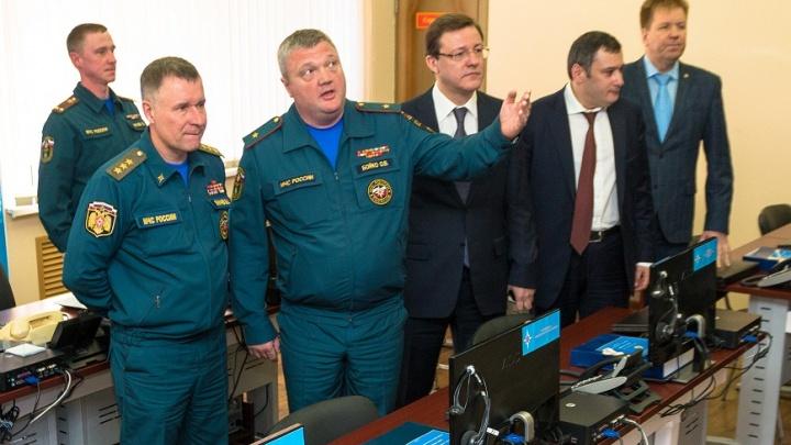 Главу ГУ МЧС Самарской области наградили за особые заслуги перед отечеством