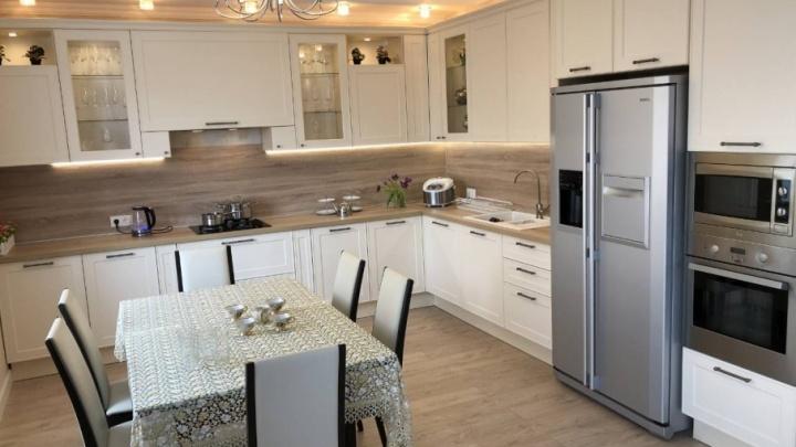 Ремонт за полгода: как обустроить кухню в частном доме