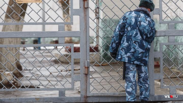 17 лет был в бегах: в Волгограде идет под суд 44-летний убийца