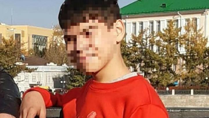 «Даже не надел куртку»: в Екатеринбурге пропал 13-летний мальчик