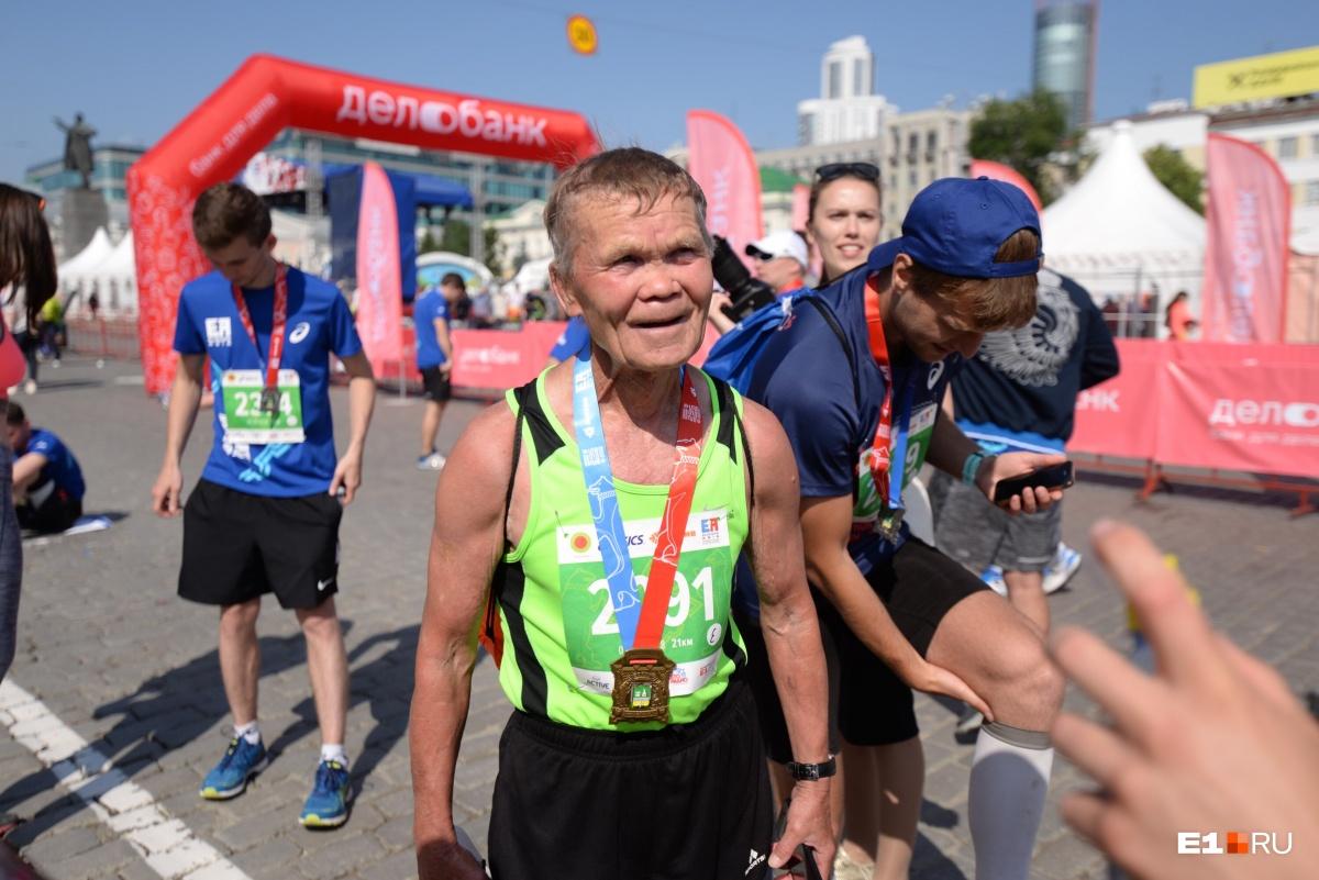 82-летний бегун!