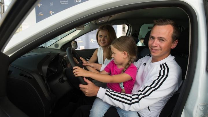 6 обычных уральских семей рассказали о детях, путешествиях и автомобиле в новом спецпроекте