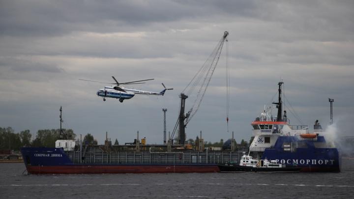 В одной связке: фоторепортаж с масштабных учений по спасению на воде в Архангельске