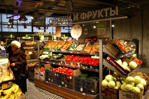 Новая «Пятерочка» с порога пытается выглядеть как дорогой супермаркет