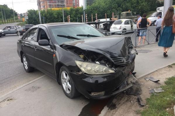 Авария случилась на перекрёстке Красного проспекта и улицы Георгия Колонды