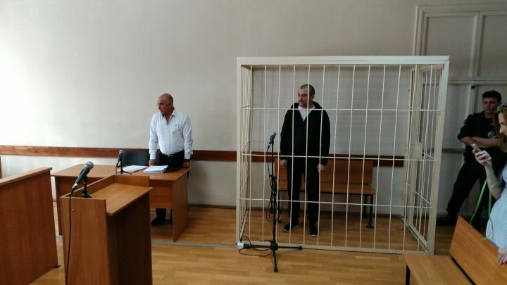 Одному из подельников арестованных полковников ФСБ изменили меру пресечения