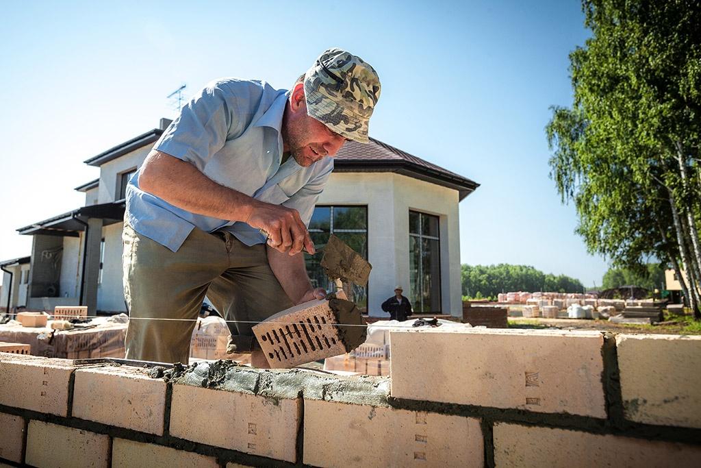 Садоводам можно строить дома на своем участке, но по разрешению чиновников