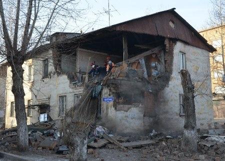 Виновному во взрыве газа на Калинина слесарю дали условный срок и амнистировали