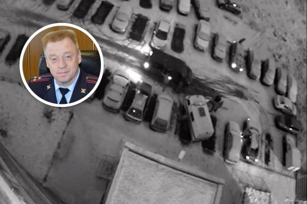 Полковника Грехова задерживали восемь человек