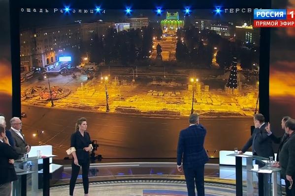 Вид на площадь Революции показался ведущим весомым аргументом