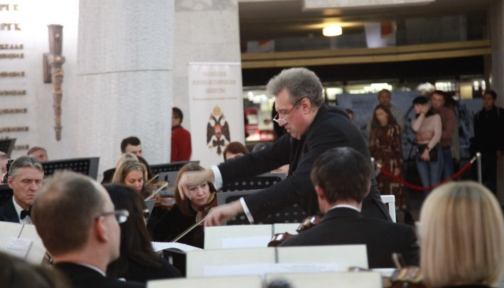 «Играл с лучшими»: волгоградские музыканты выступят с мастером, получившим в Америке золотую медаль