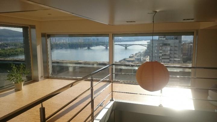 Трехуровневую квартиру с видом на Коммунальный мост продают за 21 миллион
