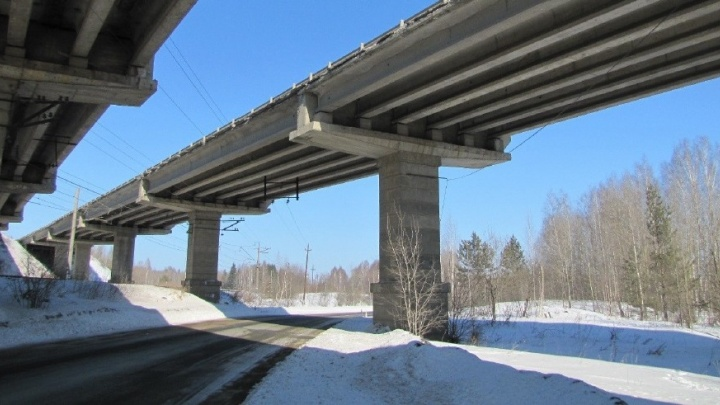 На Серовском тракте отремонтируют мост, построенный в советские годы