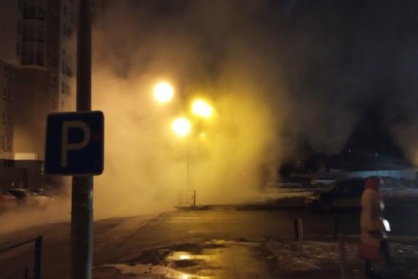 Двор на Юмашева ночью превратился в Сайлент Хилл