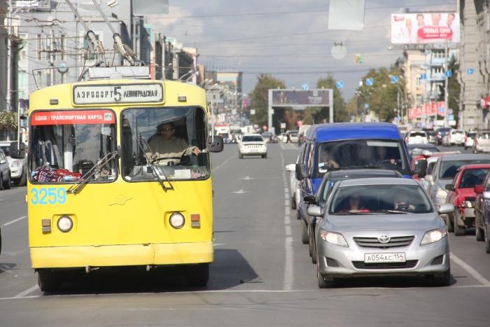 Новосибирские водители троллейбусов проиграли в суде своему работодателю