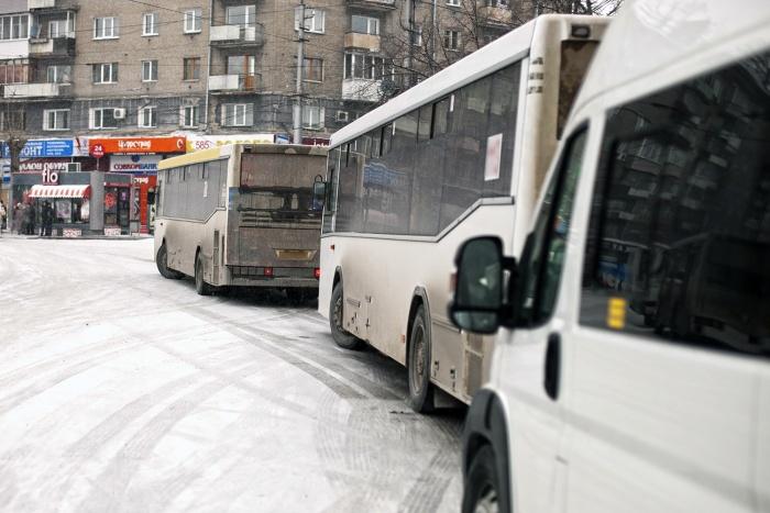 Мэр Анатолий Локоть заявил, что не допустит забастовки
