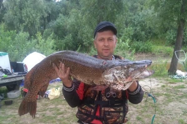 Вес этой огромной рыбы — больше 13 килограммов
