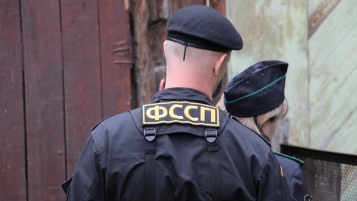 Гильотинные ножницы и котельная: пермские приставы рассказали, что арестовали за долги в 2019 году